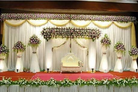 White and Golden Themed Wedding Stage
